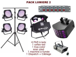 Pied télescopique, 4 PAR à leds, 1 Reflex Led, 1 Exa-color, 1 machine à fumée, 1 Dispatch + câblage