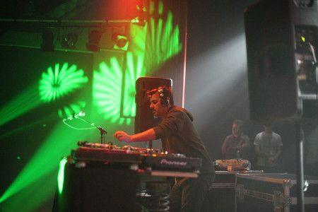 Permalink to:Animation, discothèque mobile, DJ