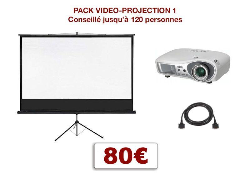 Pack vidéoprojecteur avec écran special conférence, mariage, projection scolaire. 1 écran 2,00 m x 2,00 m sur pied télescopique, 1 Vidéoprojecteur + câblage.